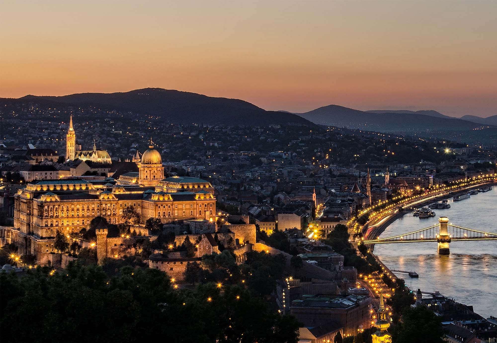 Budapest éjszaki fényei fali poszter