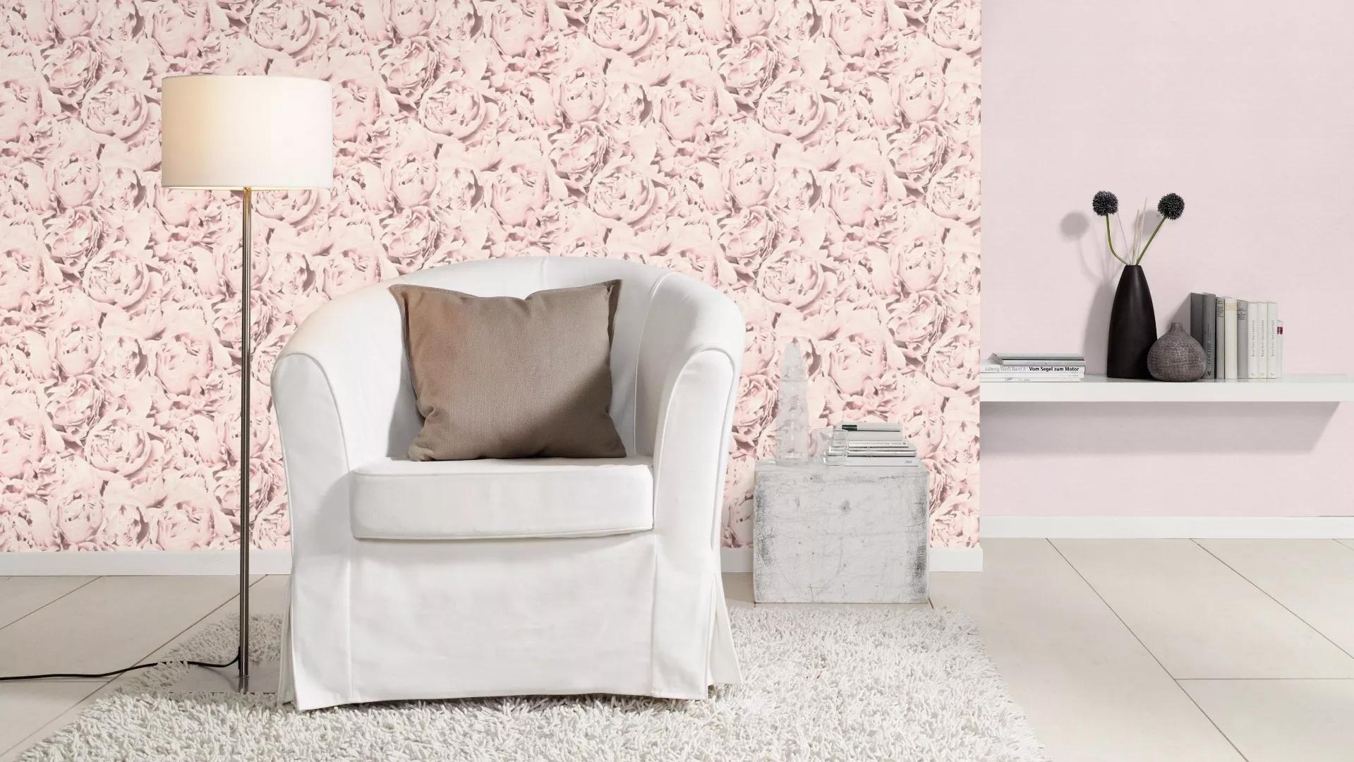 Fehér rózsamintás vlies tapéta