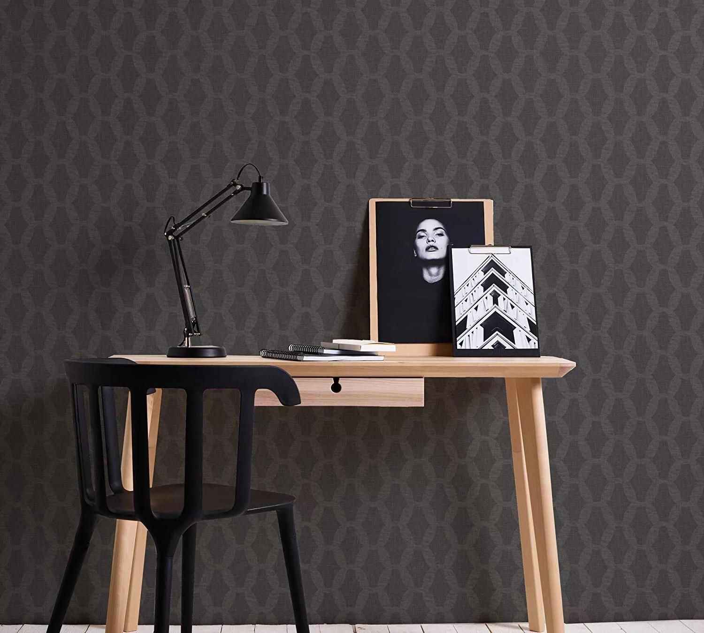 Fekete vlies tapéta modern geometrikus mintával
