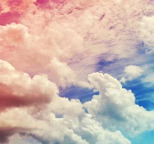 Felhő mintás vlies fali poszter káprázatos színekkel