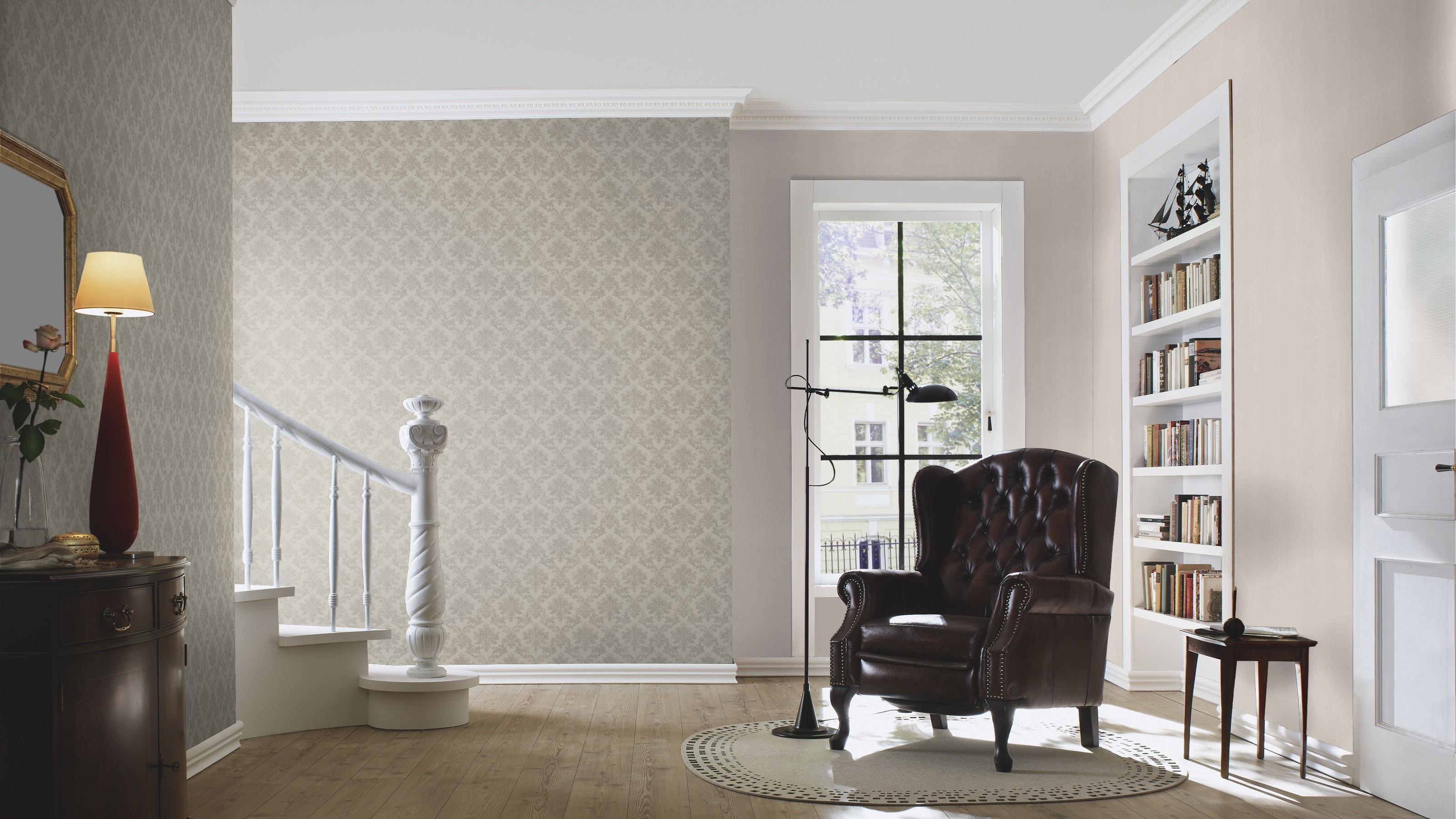 Krém színű barokk mintás tapéta