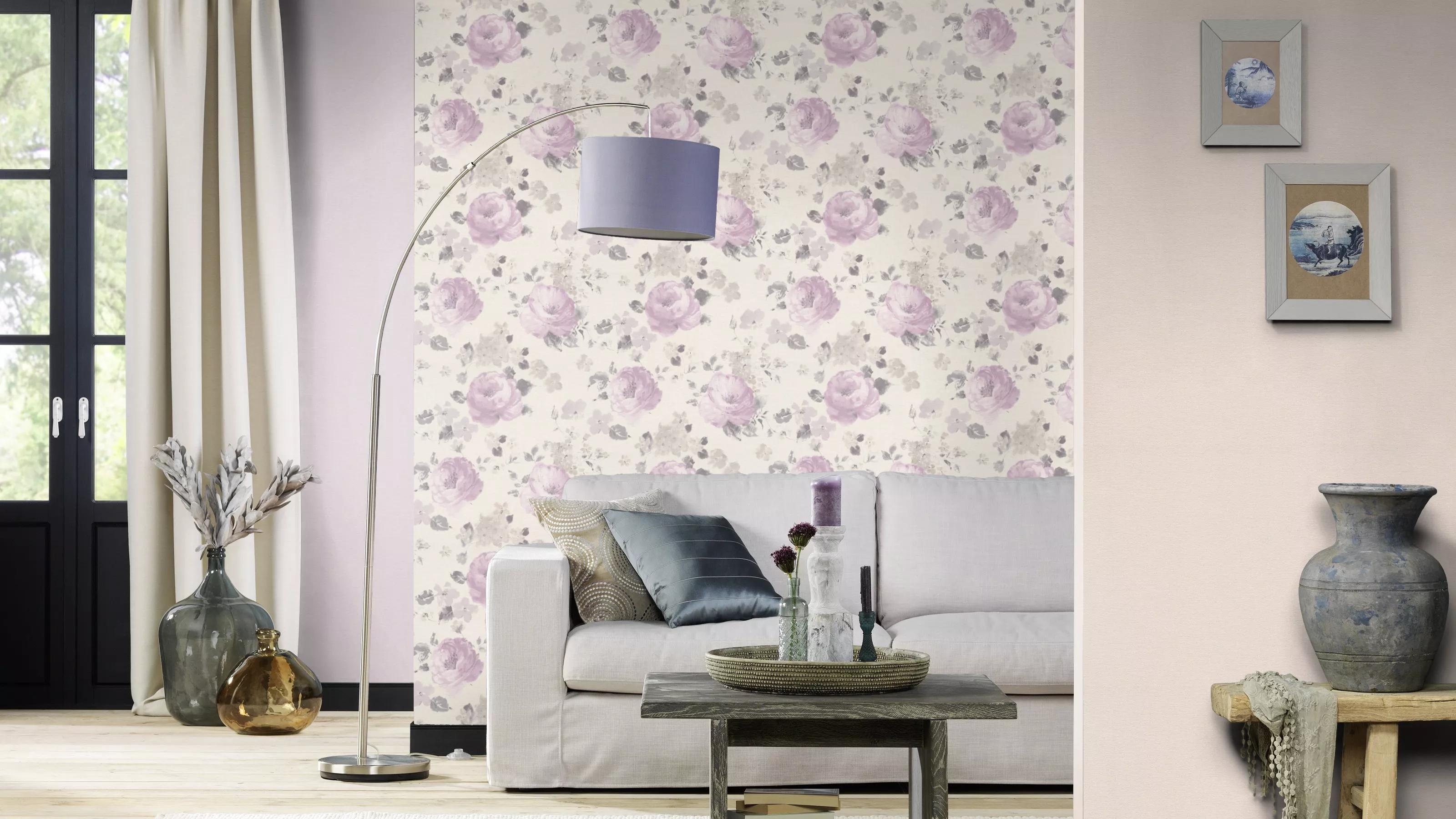 Lila-rózsaszín festett akvarell hatású virágmintás tapéta