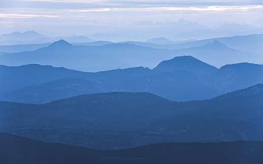 Megnyugtató kék hegy mintás fali poszter