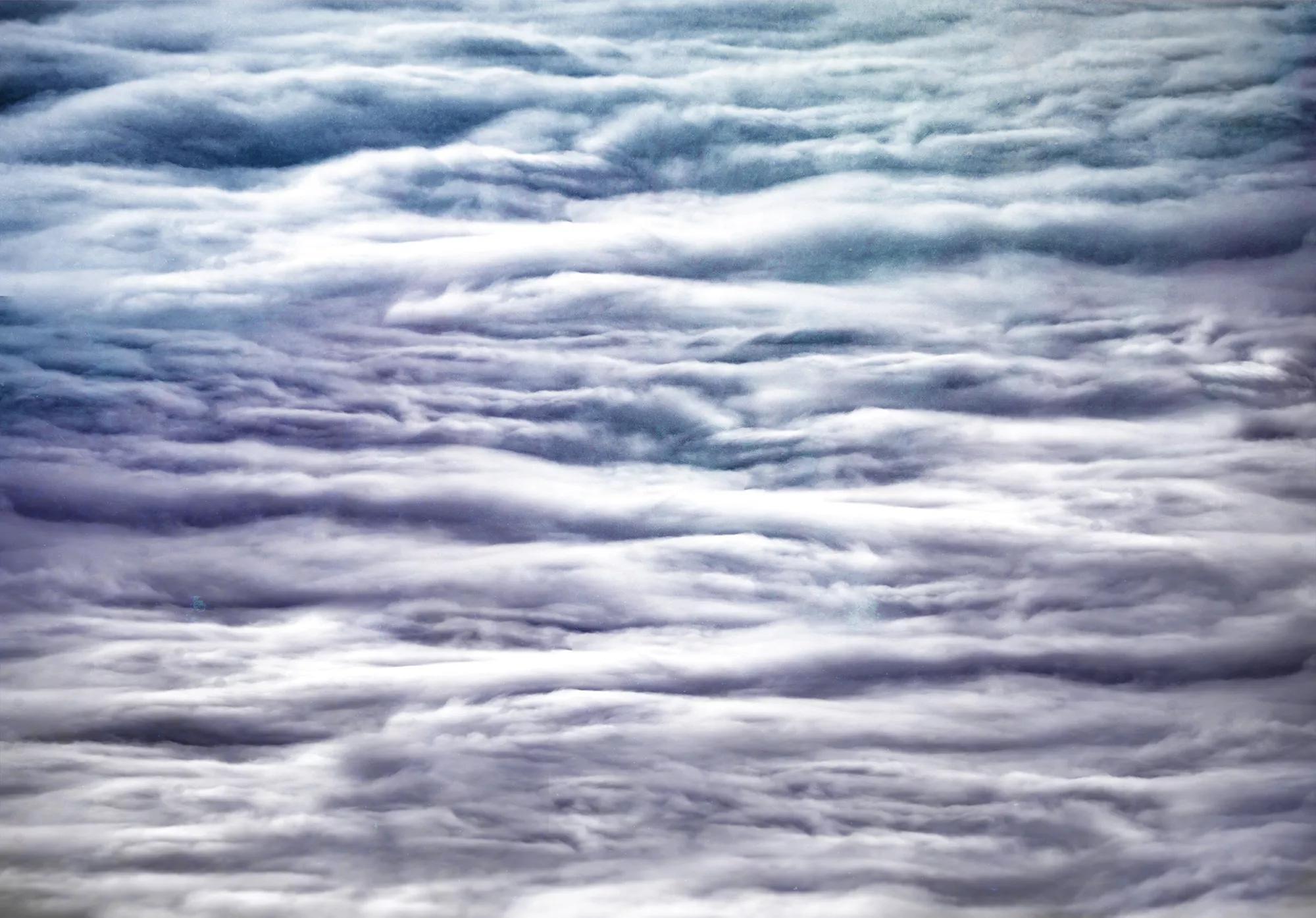 Óriás fali poszter kék színvilágban felhő mintával
