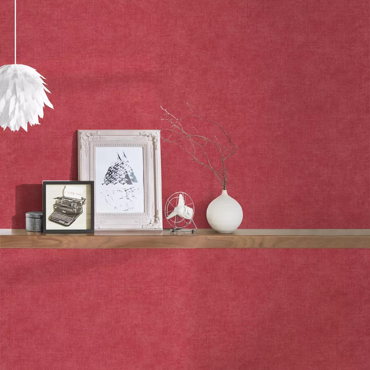 Piros egyszínű mosható felületű vlies tapéta