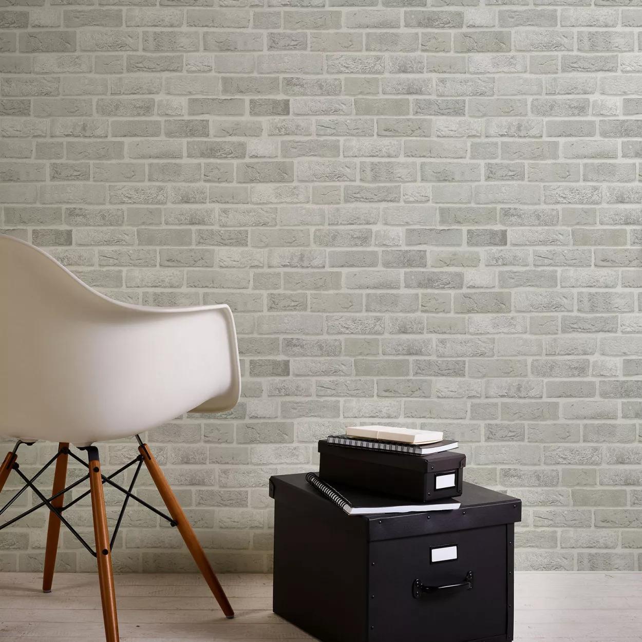Szürke-fehér téglamintás vlies tapéta mosható felülettel