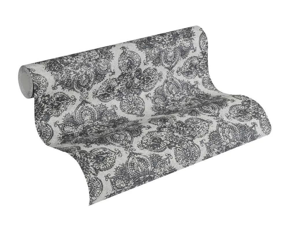 Tapéta fekete fehér színvilágban ezüstös barokk virág mintával