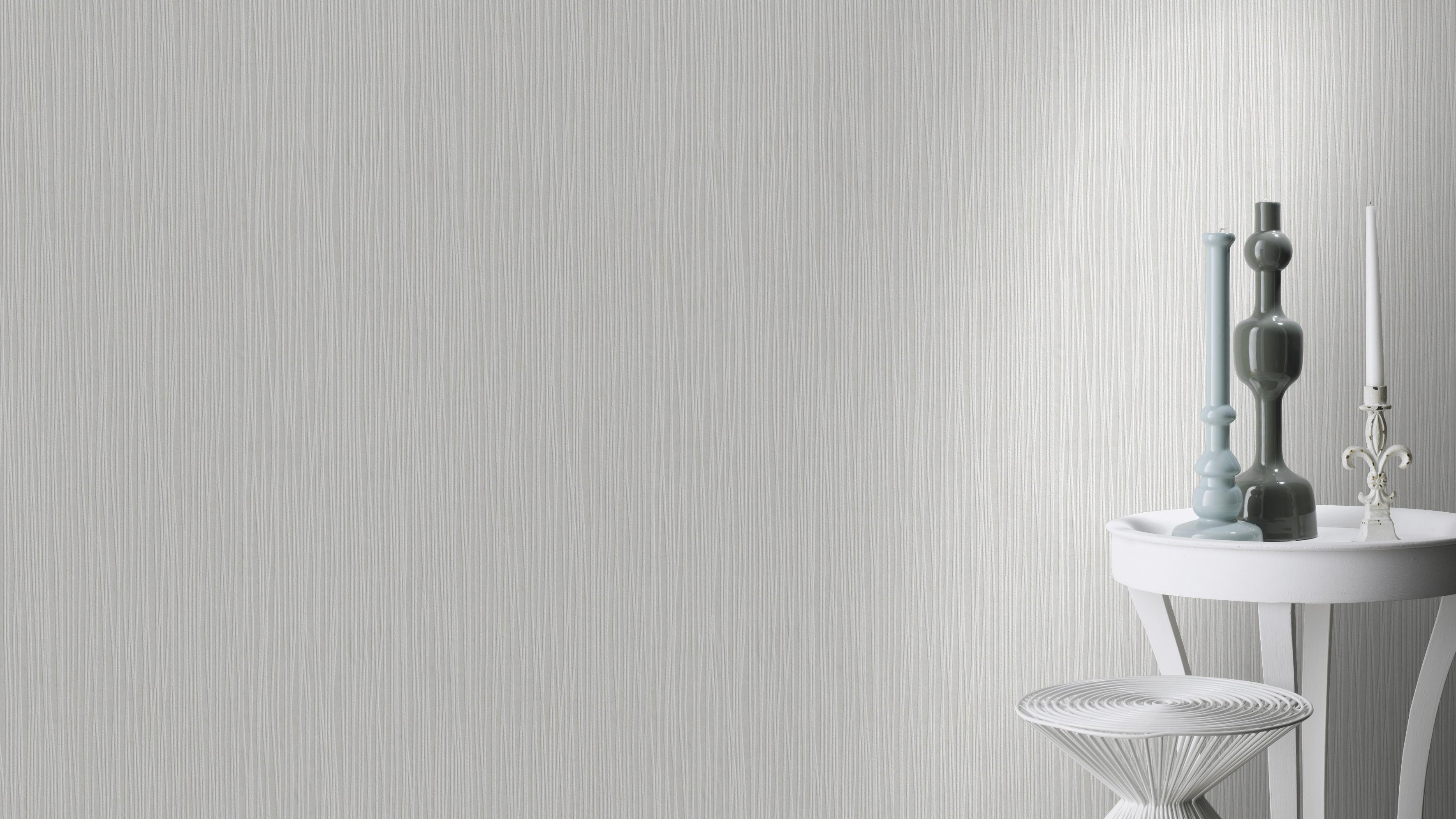 Vékony csikozott mintásfesthető rasch tapéta